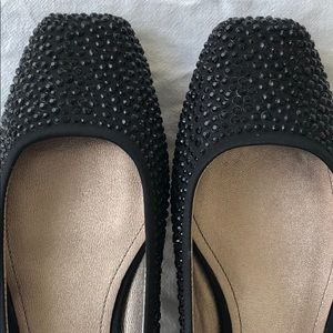 Joan & David Ignatius black flats